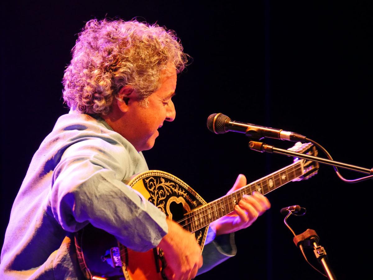 Concierto de ABAJI en Chile en el Teatro NESCAFÉ, 20 de marzo