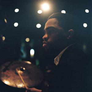 [:es]CANCELADO - Alix Goffic en el 10º Festival de Jazz ChilEuropa[:fr]ANNULÉ - Alix Goffic au 10ème Festival de Jazz ChilEuropa[:]