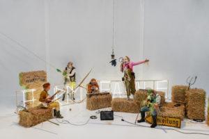 "Francia en el Festival Santiago a Mil 2020 - ""Farm Fatale"" de Philippe Quesne & The Ensemble"