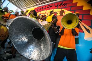 [:es]Bande à pied Follow Jah en el Festival Santiago a Mil 2020[:fr]Bande à pied Follow Jah au Festival Santiago a Mil 2020[:]