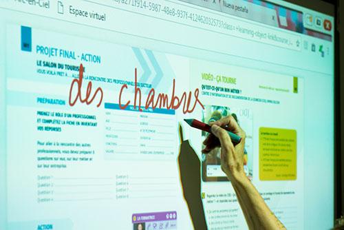¡ Nuestros cursos de francés siguen en línea !